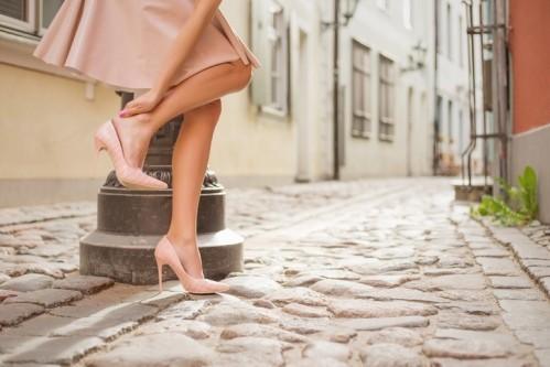 НАТИРАЕТ ОБУВЬ: 4 хитрости, которые вам помогут