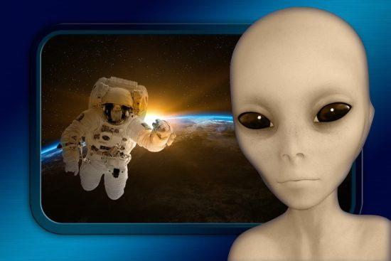 АСТРОНАВТЫ: которые верят в инопланетян