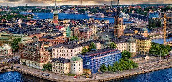 7 МИФОВ: о жизни в Швеции